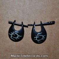 Paire de Boucle d'oreille en Corne 6