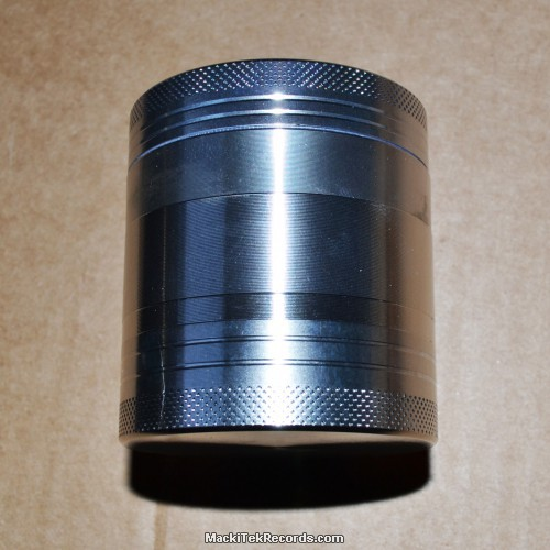Grinder 4 part 53mm Vibrant Argenté