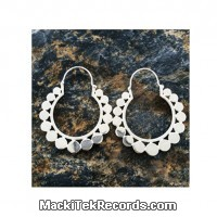 Close Ring Dots Silver Plated