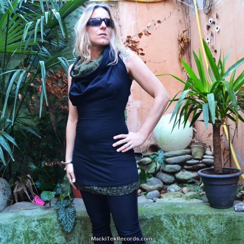 Robe Noire Surya