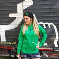 Sweat Green Women Crop Circle 15