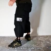 3-4 Pants Noir MackiTek K7
