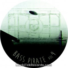 Bass Pirate 04